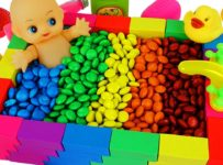 Colours For Kids To Learn Kinetic Sand Rainbow Bath for Baby #w | Learning Video Collection for Kids