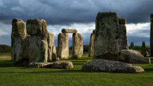 Stonehenge cremations shed light on where mysterious monument builders...