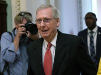 McConnell calls opposition to Kavanaugh a 'great political gift' to Re...