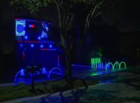 Pembroke Pines father goes all-out with high-tech Christmas...