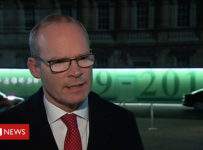 Brexit: Reaction from politicians and business leaders - BBC News