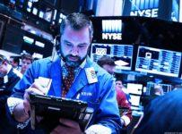 Stocks Edge Higher As Apple-Led Tech Rally Ripples Through Global Mark...