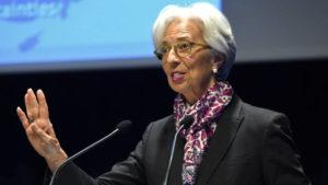 Global economy enters 'synchronised slowdown'