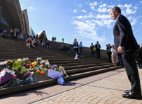 Australia Longs for Bolder Politics as Beloved Leader Dies on Election...