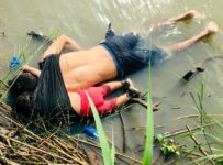 Latest news: The crisis at the US-Mexico border