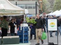 Farmers markets an option for low-income residents