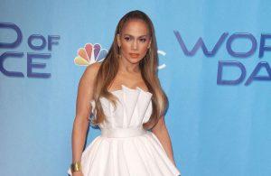 Jennifer Lopez pledges 'explosion of fun' at Super Bowl   Entertainmen...