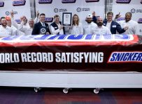 World's largest Snickers bar is the size of 43,000 single-size candy b...