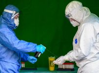 Coronavirus live updates: Global cases edge toward 1 million, U.S. job...