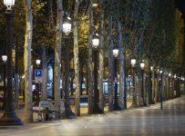 French virus curfew produces eerie quiet on streets of Paris | Enterta...