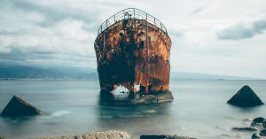How scientists keep ancient shipwrecks from crumbling into dust - Popu...