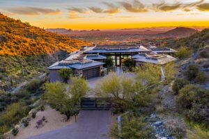 Here's why the Metro Phoenix luxury home market is booming